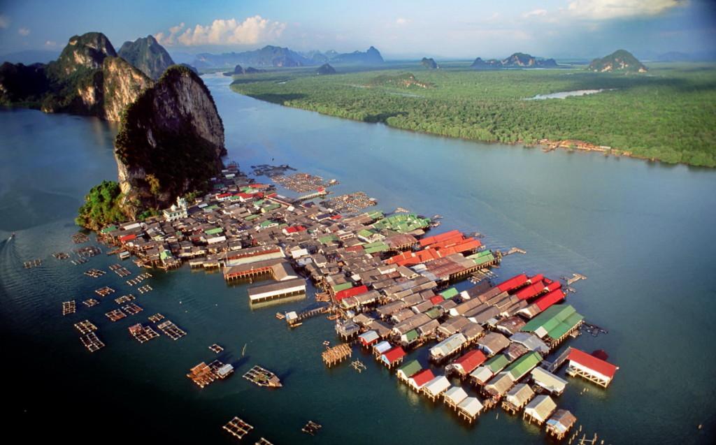 Thailand_Phang_Nga_aerial_view_1997_3058_1